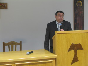 Dr. Milan Vrbanus
