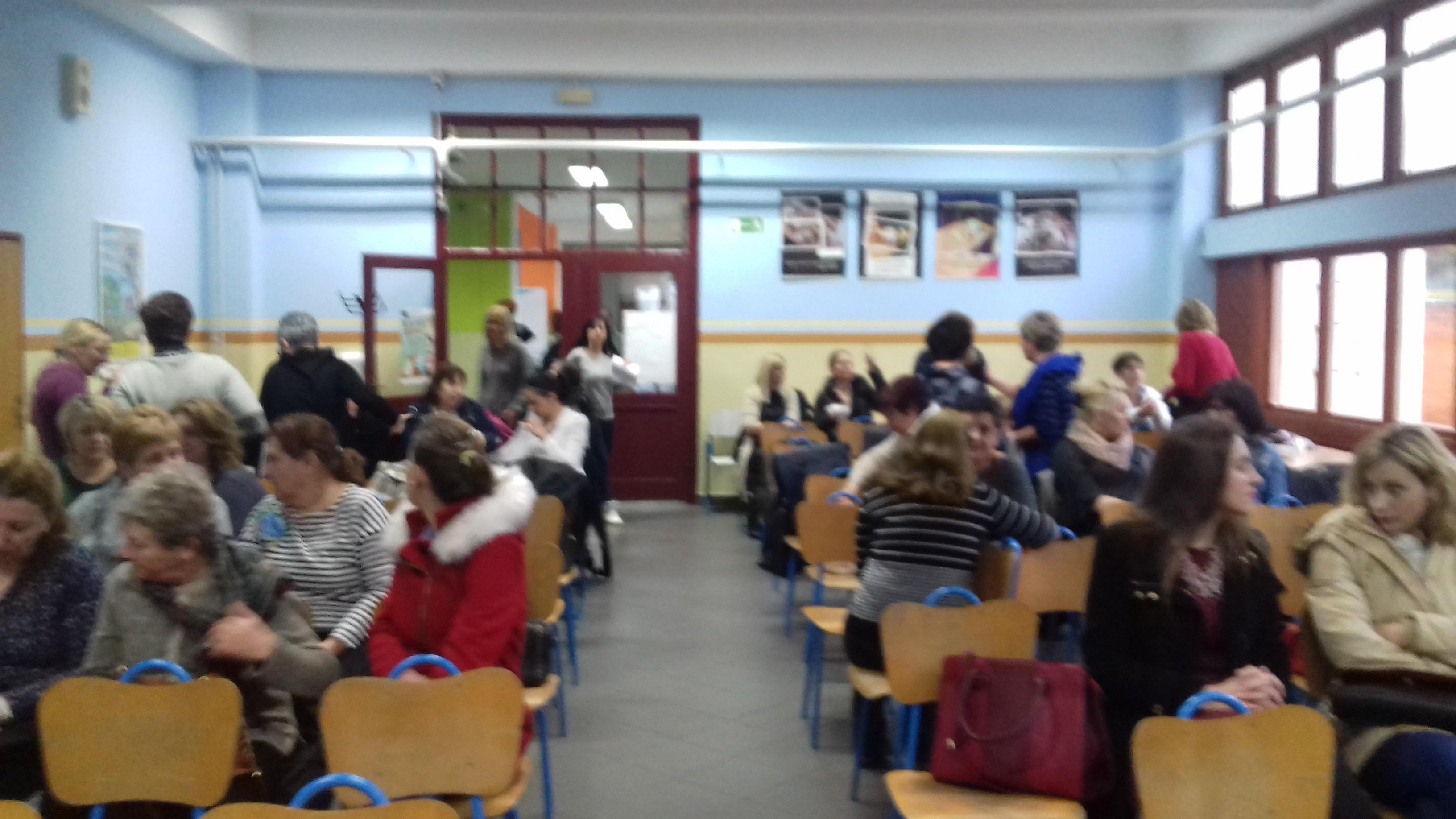 Predavanje Vukovar - izlozba Biti ucenik u holu